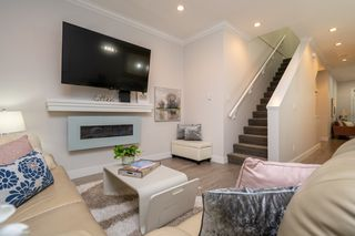 "Photo 12: 43 6945 185 Street in Surrey: Clayton Townhouse for sale in ""MACKENZIE ESTATES"" (Cloverdale)  : MLS®# R2498661"