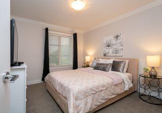 "Photo 14: 43 6945 185 Street in Surrey: Clayton Townhouse for sale in ""MACKENZIE ESTATES"" (Cloverdale)  : MLS®# R2498661"