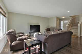 Photo 3: 3907 166 Avenue in Edmonton: Zone 03 House for sale : MLS®# E4215517