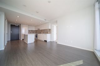 """Photo 7: 3702 6700 DUNBLANE Avenue in Burnaby: Metrotown Condo for sale in """"VITTORIO"""" (Burnaby South)  : MLS®# R2528792"""