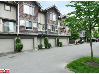 "Photo 1: 50 20761 DUNCAN Way in Langley: Langley City Townhouse for sale in ""Wyndham Lane"" : MLS®# F1115526"