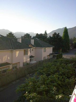 Photo 30: 2 BEDROOM WITH GORGEOUS MOUNTAIN VIEW!
