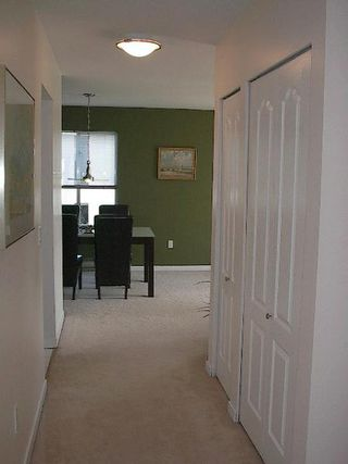 Photo 2: 2 BEDROOM WITH GORGEOUS MOUNTAIN VIEW!
