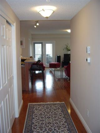 Photo 3: #306, 9819 - 96 A STREET: House for sale (Cloverdale)
