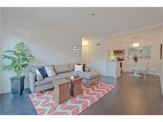 Photo 2: 2310 VINE Street in Vancouver: Kitsilano Townhouse for sale (Vancouver West)  : MLS®# V1045523