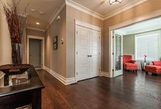 Photo 9: 1011 160A Street in Surrey: King George Corridor House for sale (South Surrey White Rock)  : MLS®# F1402762