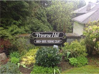 "Photo 3: 8828 ROBINS Court in Burnaby: Forest Hills BN Townhouse for sale in ""PRIMROSE HILL"" (Burnaby North)  : MLS®# V1059645"
