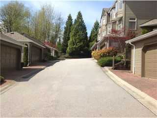 "Photo 13: 8828 ROBINS Court in Burnaby: Forest Hills BN Townhouse for sale in ""PRIMROSE HILL"" (Burnaby North)  : MLS®# V1059645"