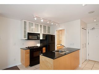 "Photo 8: 907 1225 RICHARDS Street in Vancouver: Downtown VW Condo for sale in ""Eden"" (Vancouver West)  : MLS®# V1086819"