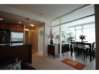 "Photo 4: 1002 1680 BAYSHORE Drive in Vancouver: Coal Harbour Condo for sale in ""BAYSHORE TOWER"" (Vancouver West)  : MLS®# V1107422"