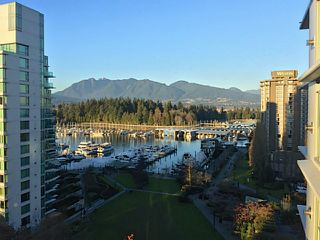 "Photo 2: 1002 1680 BAYSHORE Drive in Vancouver: Coal Harbour Condo for sale in ""BAYSHORE TOWER"" (Vancouver West)  : MLS®# V1107422"