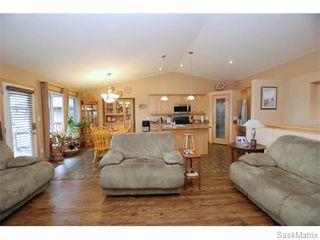 Photo 5: 29 WAGMAN Bay: Balgonie Single Family Dwelling for sale (Regina NE)  : MLS®# 527894