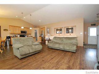 Photo 8: 29 WAGMAN Bay: Balgonie Single Family Dwelling for sale (Regina NE)  : MLS®# 527894