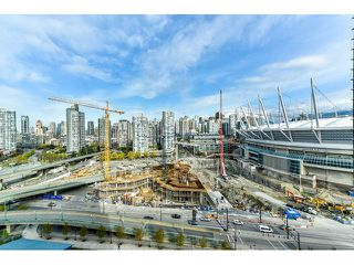 "Photo 17: 2002 918 COOPERAGE Way in Vancouver: Yaletown Condo for sale in ""MARINER"" (Vancouver West)  : MLS®# V1116237"