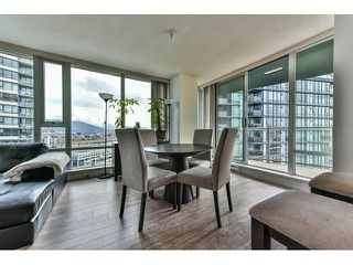 "Photo 5: 2002 918 COOPERAGE Way in Vancouver: Yaletown Condo for sale in ""MARINER"" (Vancouver West)  : MLS®# V1116237"