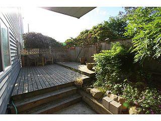 """Photo 4: 102 1354 WINTER Street: White Rock Condo for sale in """"Winter Estates"""" (South Surrey White Rock)  : MLS®# F1441606"""