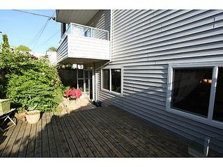 "Photo 3: 102 1354 WINTER Street: White Rock Condo for sale in ""Winter Estates"" (South Surrey White Rock)  : MLS®# F1441606"