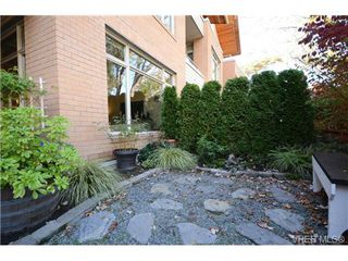 Photo 13: 103 1035 Sutlej St in VICTORIA: Vi Fairfield West Condo Apartment for sale (Victoria)  : MLS®# 713889