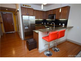 Photo 8: 103 1035 Sutlej St in VICTORIA: Vi Fairfield West Condo Apartment for sale (Victoria)  : MLS®# 713889