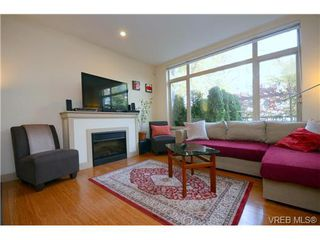 Photo 10: 103 1035 Sutlej St in VICTORIA: Vi Fairfield West Condo Apartment for sale (Victoria)  : MLS®# 713889