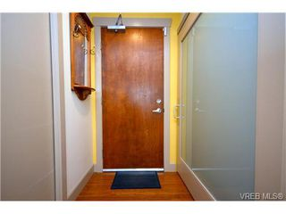 Photo 4: 103 1035 Sutlej St in VICTORIA: Vi Fairfield West Condo Apartment for sale (Victoria)  : MLS®# 713889