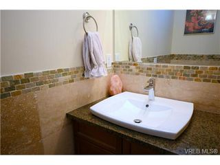 Photo 6: 103 1035 Sutlej St in VICTORIA: Vi Fairfield West Condo Apartment for sale (Victoria)  : MLS®# 713889