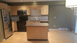 """Photo 2: 174 15168 36 Avenue in Surrey: Morgan Creek Townhouse for sale in """"SOLAY"""" (South Surrey White Rock)  : MLS®# R2022672"""