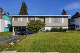 Photo 1: 1403 GROVER Avenue in Coquitlam: Central Coquitlam House for sale : MLS®# R2040902