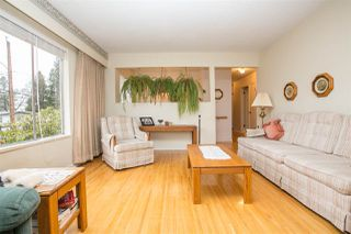 Photo 5: 1403 GROVER Avenue in Coquitlam: Central Coquitlam House for sale : MLS®# R2040902
