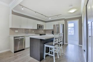 """Photo 9: 210 6655 192 ST Street in Surrey: Clayton Townhouse for sale in """"One92"""" (Cloverdale)  : MLS®# R2043804"""