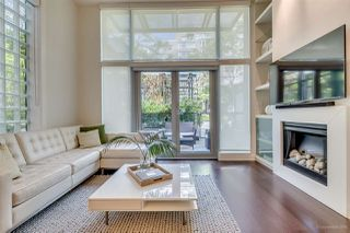 "Photo 3: 1285 SEYMOUR Street in Vancouver: Downtown VW Townhouse for sale in ""THE ELAN"" (Vancouver West)  : MLS®# R2077325"