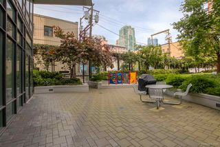 "Photo 17: 1285 SEYMOUR Street in Vancouver: Downtown VW Townhouse for sale in ""THE ELAN"" (Vancouver West)  : MLS®# R2077325"