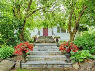 Photo 5: 5223 Santa Clara Avenue in VICTORIA: SE Cordova Bay Single Family Detached for sale (Saanich East)  : MLS®# 366465