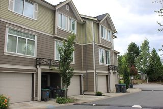 """Photo 5: 3 15399 GUILDFORD Drive in Surrey: Guildford Townhouse for sale in """"GUILDFORD GREEN"""" (North Surrey)  : MLS®# R2095624"""
