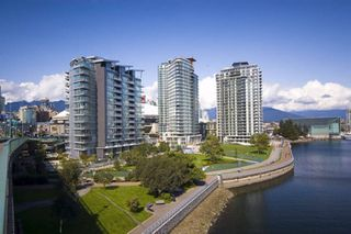 "Photo 20: 2207 33 SMITHE Street in Vancouver: Yaletown Condo for sale in ""COOPERS LOOKOUT"" (Vancouver West)  : MLS®# R2106492"