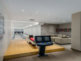 "Photo 14: 2207 33 SMITHE Street in Vancouver: Yaletown Condo for sale in ""COOPERS LOOKOUT"" (Vancouver West)  : MLS®# R2106492"