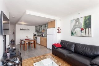 "Photo 5: 2207 33 SMITHE Street in Vancouver: Yaletown Condo for sale in ""COOPERS LOOKOUT"" (Vancouver West)  : MLS®# R2106492"
