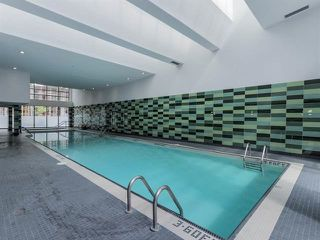 "Photo 16: 2207 33 SMITHE Street in Vancouver: Yaletown Condo for sale in ""COOPERS LOOKOUT"" (Vancouver West)  : MLS®# R2106492"