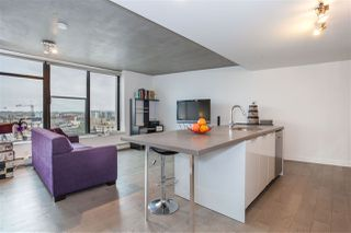 "Photo 6: 1203 108 W CORDOVA Street in Vancouver: Downtown VW Condo for sale in ""Woodward W32"" (Vancouver West)  : MLS®# R2111852"