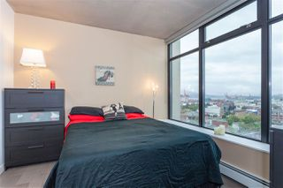 "Photo 9: 1203 108 W CORDOVA Street in Vancouver: Downtown VW Condo for sale in ""Woodward W32"" (Vancouver West)  : MLS®# R2111852"