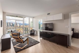 Photo 8: 1706 1618 QUEBEC Street in Vancouver: Mount Pleasant VE Condo for sale (Vancouver East)  : MLS®# R2141441