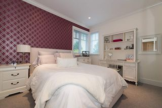 """Photo 16: 939 INGLEWOOD Avenue in West Vancouver: Sentinel Hill House for sale in """"Sentinel Hill"""" : MLS®# R2143743"""