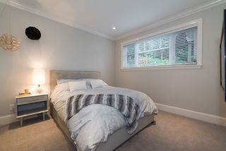 """Photo 17: 939 INGLEWOOD Avenue in West Vancouver: Sentinel Hill House for sale in """"Sentinel Hill"""" : MLS®# R2143743"""