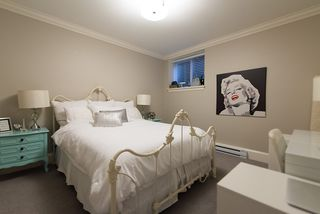 """Photo 20: 939 INGLEWOOD Avenue in West Vancouver: Sentinel Hill House for sale in """"Sentinel Hill"""" : MLS®# R2143743"""