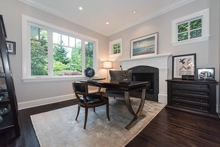"""Photo 13: 939 INGLEWOOD Avenue in West Vancouver: Sentinel Hill House for sale in """"Sentinel Hill"""" : MLS®# R2143743"""