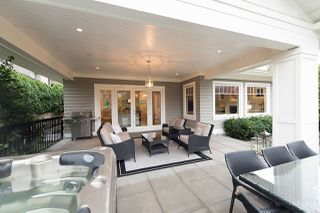 """Photo 12: 939 INGLEWOOD Avenue in West Vancouver: Sentinel Hill House for sale in """"Sentinel Hill"""" : MLS®# R2143743"""