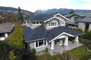 """Photo 2: 939 INGLEWOOD Avenue in West Vancouver: Sentinel Hill House for sale in """"Sentinel Hill"""" : MLS®# R2143743"""
