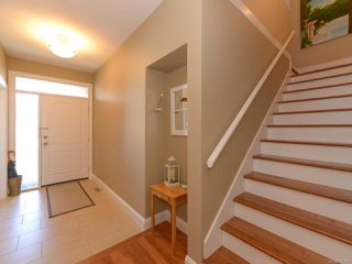 Photo 10: 309 FORESTER Avenue in COMOX: CV Comox (Town of) House for sale (Comox Valley)  : MLS®# 752431