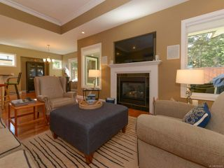 Photo 13: 309 FORESTER Avenue in COMOX: CV Comox (Town of) House for sale (Comox Valley)  : MLS®# 752431