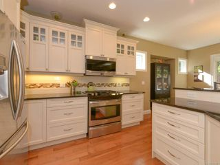 Photo 21: 309 FORESTER Avenue in COMOX: CV Comox (Town of) House for sale (Comox Valley)  : MLS®# 752431